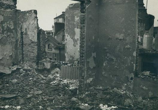 Домът на художника след бомбандировките - 30. 03.1944 г.